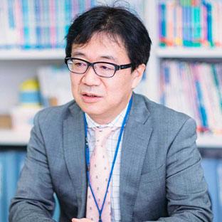 Iwao Takizawa  Principal of Ueno School